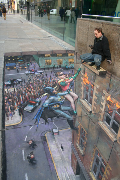 """Batman and Robin to the Rescue"" © Julian Beever"